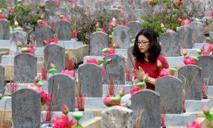 Le cimetière national de Trường Sơn, qui abrite notamment des victimes de la guerre du Vietnam