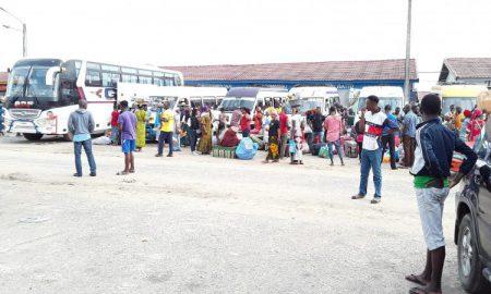 gare-routière-transport-bus-abobo
